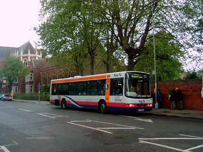 66193 - S793RWG - Portsmouth (Edinburgh Road) - 20.5.06