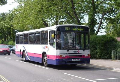 60522 - H680THL - Cosham (bus interchange) - 1.6.09