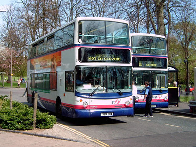 32044 - W814EOW - Southampton (city centre) - 17.4.05