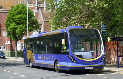 63044 - SK63KHV - Portsmouth (Bishop Crispian Way)