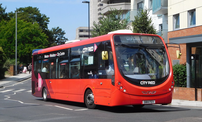 47596 - SN14FEV - Southampton (Central railway station)