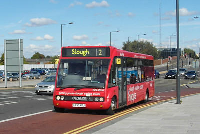 53056 - LK53MDJ - Slough (William St) - 22.9.12