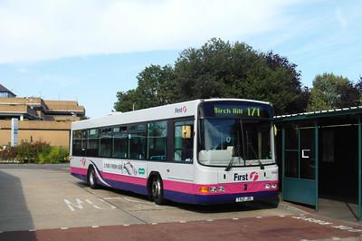 65621 - T821JBL - Bracknell (bus station) - 15.9.12