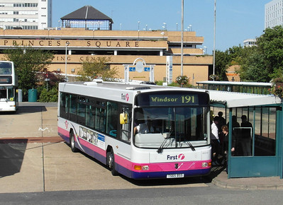 60219 - T565BSS - Bracknell (bus station) - 15.9.12
