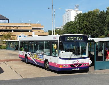 65625 - T825JBL - Bracknell (bus station) - 15.9.12