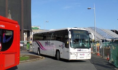 20612 - LK07CDF - Reading (railway station) - 8.4.14