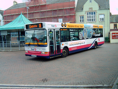 42934 - SN05DZP - Truro (bus station) - 2.8.06