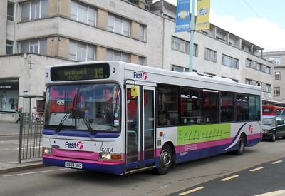 42784 - S684SNG - Plymouth (Royal Parade)