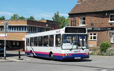42830 - T830RYC - Taunton (Castle Way) - 31.5.13