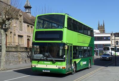 32954 - X954HLT - Taunton (Corporation St)