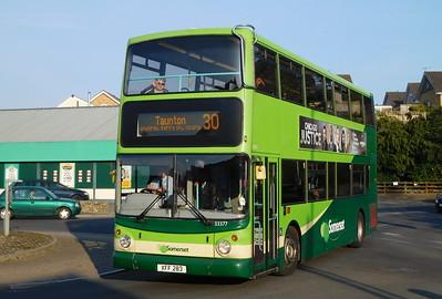33377 - LK53EYW - Axminster (railway station)