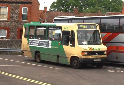 51658 - N558EYB - Wells (bus station) - May 2003