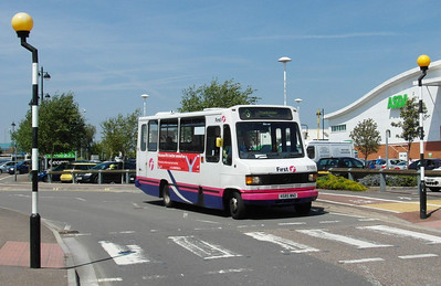 51688 - N585WND - Bridgwater (bus station) - 31.5.13