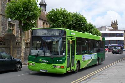 40588 - YG51RGO - Taunton (Corporation St)