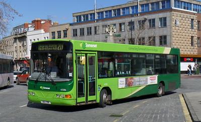 40586 - YJ51RJX - Taunton (Parade)
