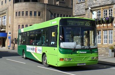 40582 - YJ51RHZ - Taunton (Corporation St)