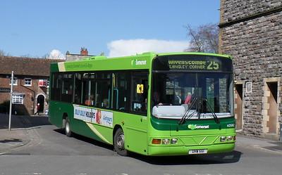 40582 - YJ51RHZ - Taunton (Castle St)