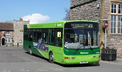 40586 - YJ51RJX - Taunton (Castle St)