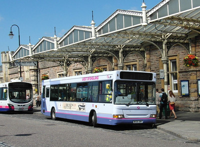 42961 - WX06OMV - Bristol (Temple Meads railway station) - 6.7.13
