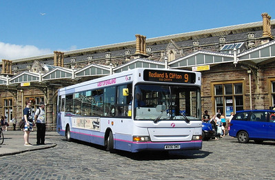 42956 - WX06OMO - Bristol (Temple Meads railway station) - 6.7.13