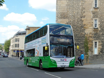 39133 - SN62AWA - Bath (St James's Parade) - 25.5.13
