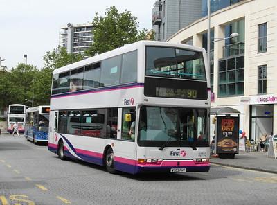 32703 - W703PHT - Bristol (Broad Quay) - 11.8.12