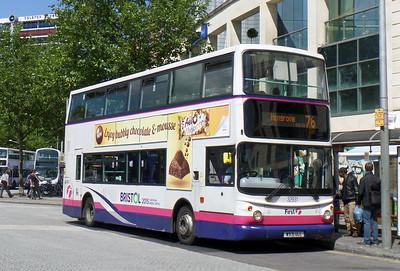 32931 - W931ULL - Bristol (Broad Quay)