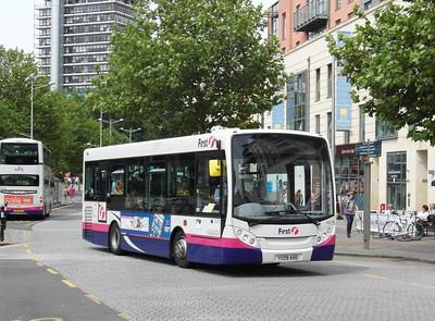 44917 - YX09AHD - Bristol (Broad Quay) - 11.8.12