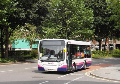 44905 - YX09AFN - Bristol (Rupert St) - 11.8.12