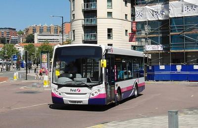 44905 - YX09AFN - Bristol (Broad Quay) - 6.7.13
