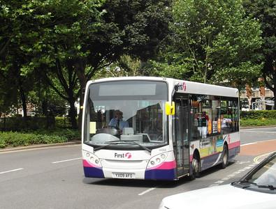 44906 - YX09AFO - Bristol (Rupert St) - 11.8.12