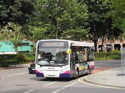 44921 - YX09ADU - Bristol (Rupert St) - 11.8.12