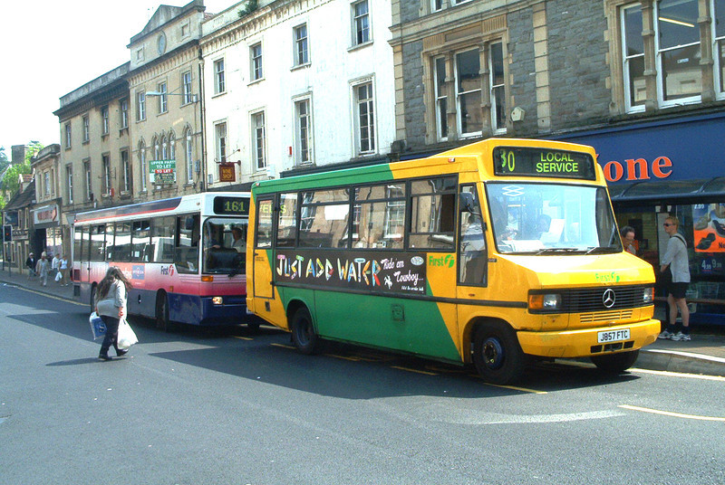 50757 - J857FTC - Frome (market place) - May 2003