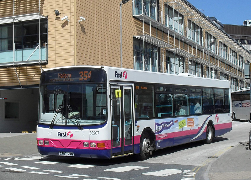 66207 - S807RWG - Bristol (bus station) - 4.5.10