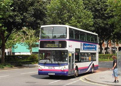 32019 - W819PAE - Bristol (Rupert St) - 11.8.12