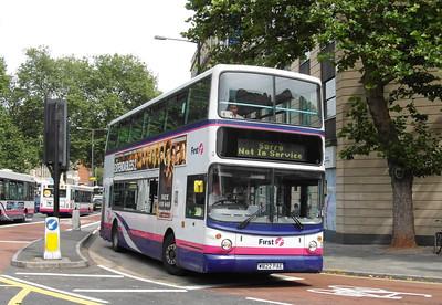 32022 - W822PAE - Bristol (Baldwin St) - 11.8.12
