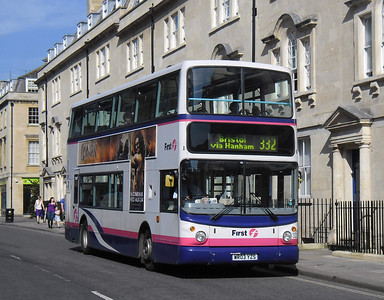 32283 - WR03YZS - Bath (St James Parade) - 1.10.11