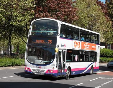 37007 - WX55VHR - Bristol (Rupert St) - 4.5.10