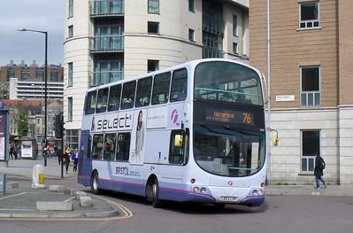32331 - LK53LYP - Bristol (Broad Quay)