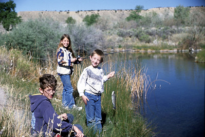 Kids fishing at Huntington Ponds