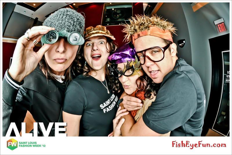 AliveParty-083