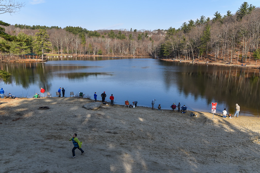 . (04/14/18 LEOMINSTER MA) A large turn out of families surround Barrett Pond in Leominster for Saturday\'s fishing derby.  SENTINEL & ENTERPRISE JEFF PORTER