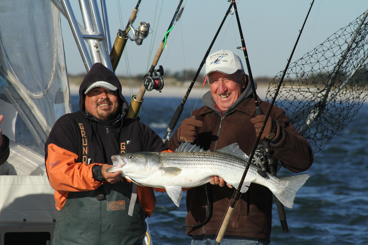 Riverview update<br /> <br /> Nice flurry of fish at the inlet this morning for the riverview.