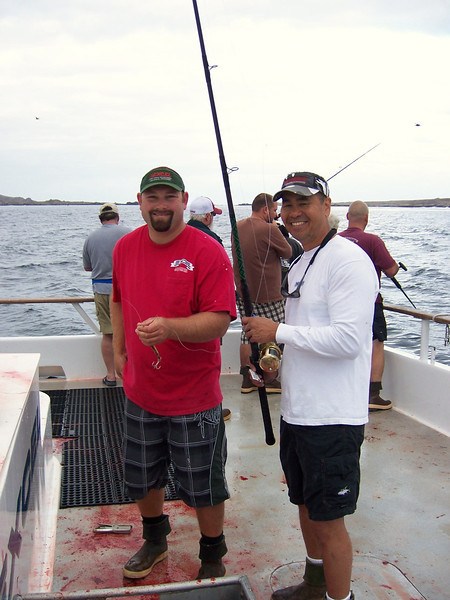Deckhand Jeff Bundy with Ron Moy.