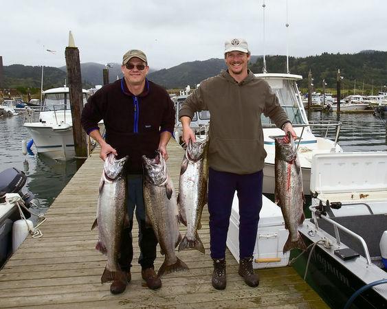 Tillamook Bay Chinook fishing aboard Sidewinder Charters