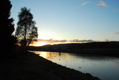 Dusk on the River Dee in spring.