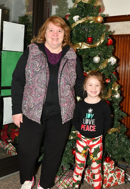 . President of the Friends of Fitcburg Seniors, Diana Metiver with her Granddaughter, Carly Burnell. Sentinel & Enterprise / Jim Fay