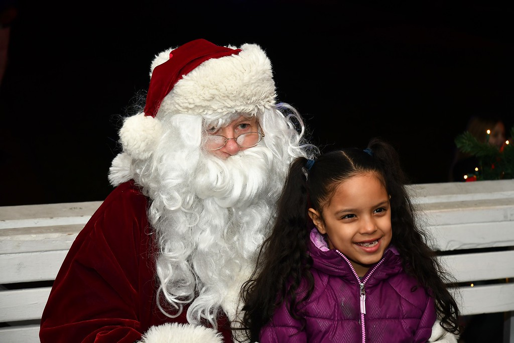 . Ysabela Sharp with Santa Claus. Sentinel & Enterprise / Jim Fay