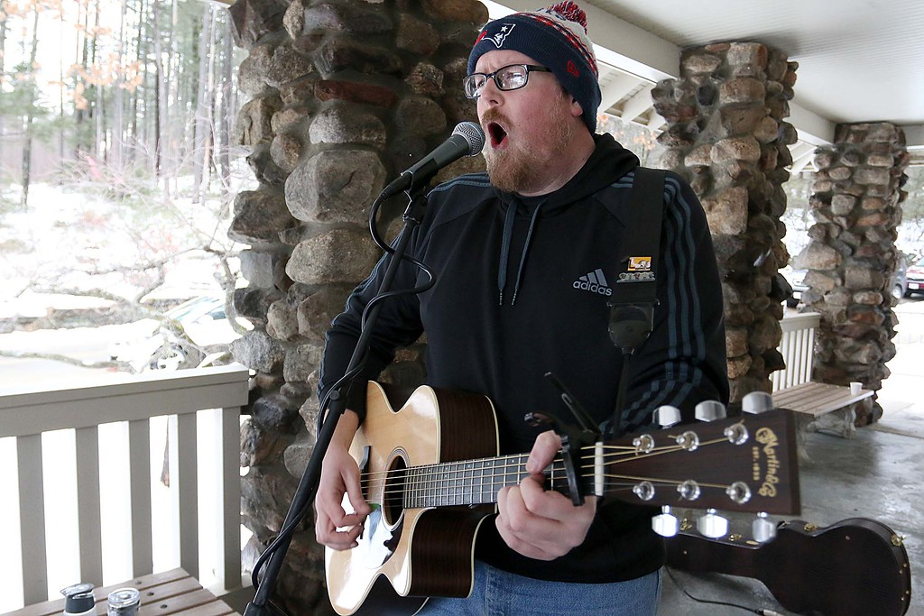 . Providing some entertainment at the Fitchburg Winterfest at Coggshall Park was Sea Daley. SENTINEL & ENTERPRISE/JOHN LOVE