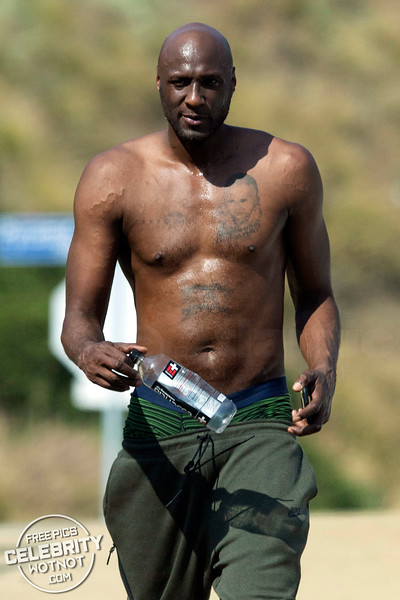 Shirtless Lamar Odom Hits Up Runyon Canyon in Kobe Bryant Nikes, CA
